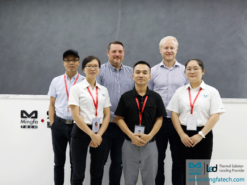 Welcome European distributors to visit Mingfa optoelectronics, have friends from afar to be happy!